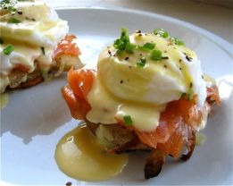 Book-Smoked-Salmon-Eggs-Benedict