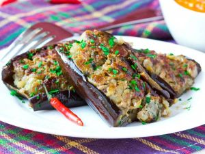 Brinjals stuffed with shrimp